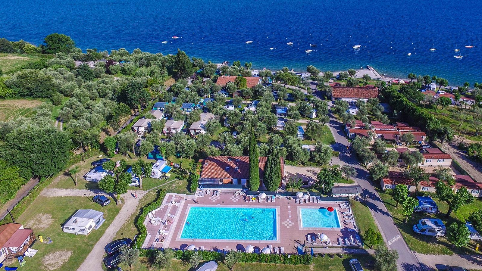 View from above of Fontanelle camping lake garda